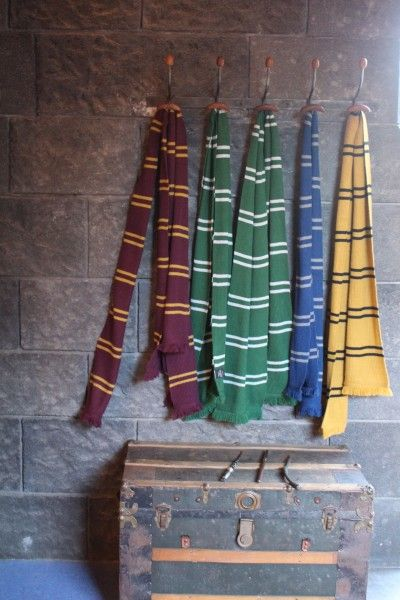 wizarding-world-of-harry-potter-hogwarts-express