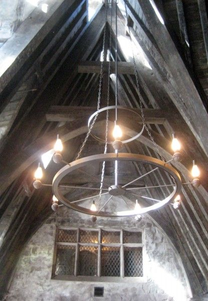 wizarding-world-of-harry-potter-three-broomsticks-7