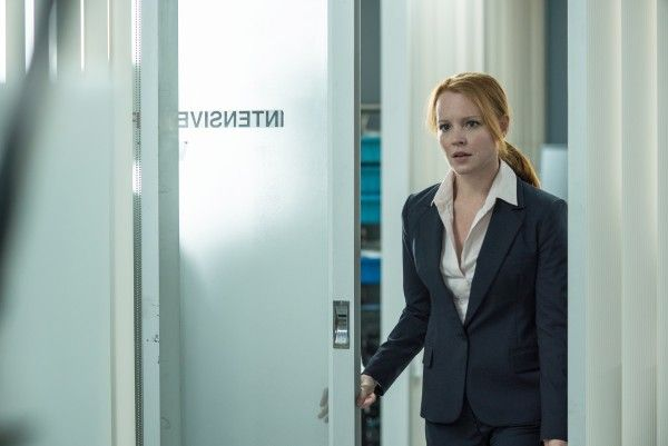 x-files-lauren-ambrose-babylon