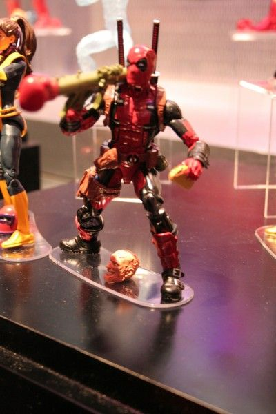 x-men-deadpool-figure-hasbro-toy-fair