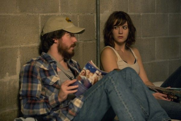 10-cloverfield-lane-mary-elizabeth-winstead-john-gallagher-jr