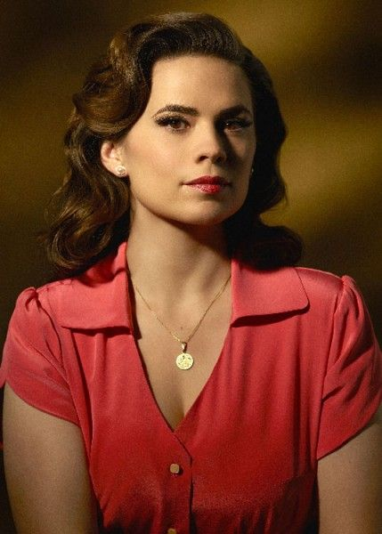 agent-carter-season-2-hayley-atwell-01