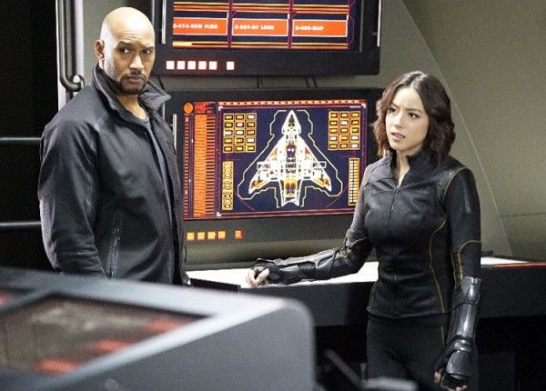 agents-of-shield-chloe-bennet-henry-simmons