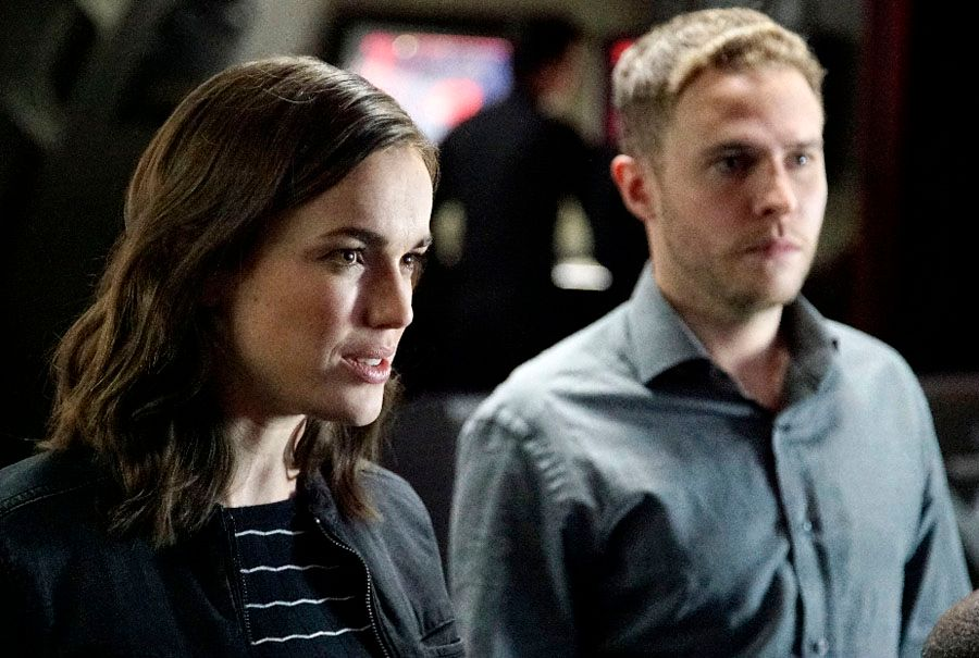 ... Henstridge,... Iain De Caestecker Shield