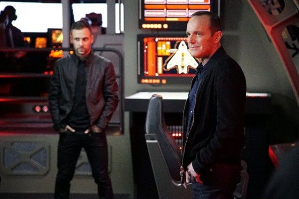 agents-of-shield-inside-man-image-nick-blood-clark-gregg
