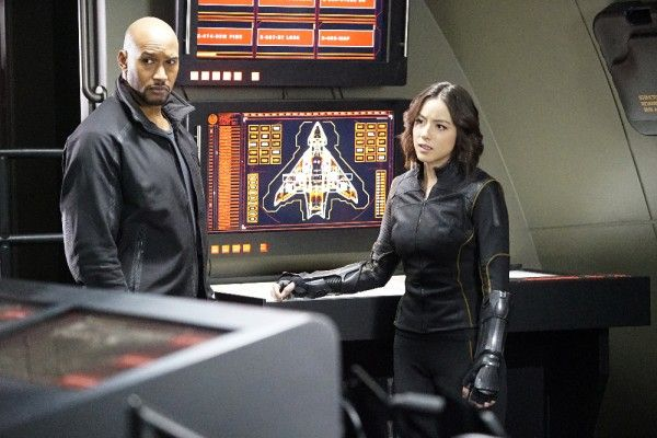 agents-of-shield-season-3-parting-shot-image-2