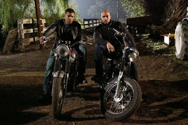 """Review- Agents Of S.H.I.E.L.D. Season 3 Episode 14: """"Watchdogs"""""""