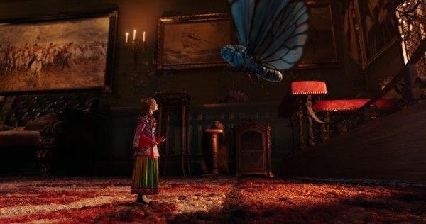 alice-through-the-looking-glass-movie-image