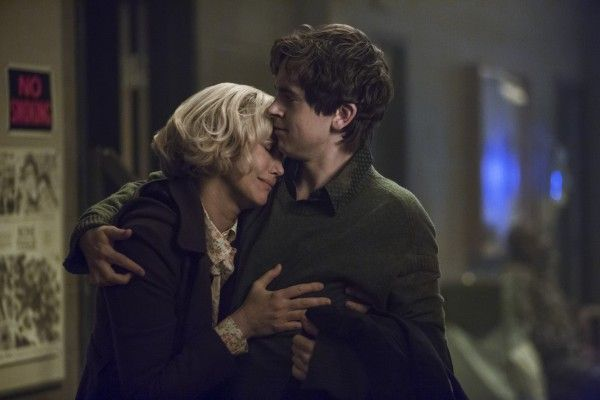 bates-motel-season-4-farmiga-highmore