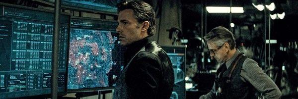 batman-v-superman-affleck-irons-slice