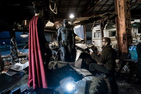 batman-vs-superman-set-photo-zack-snyder-ben-affleck
