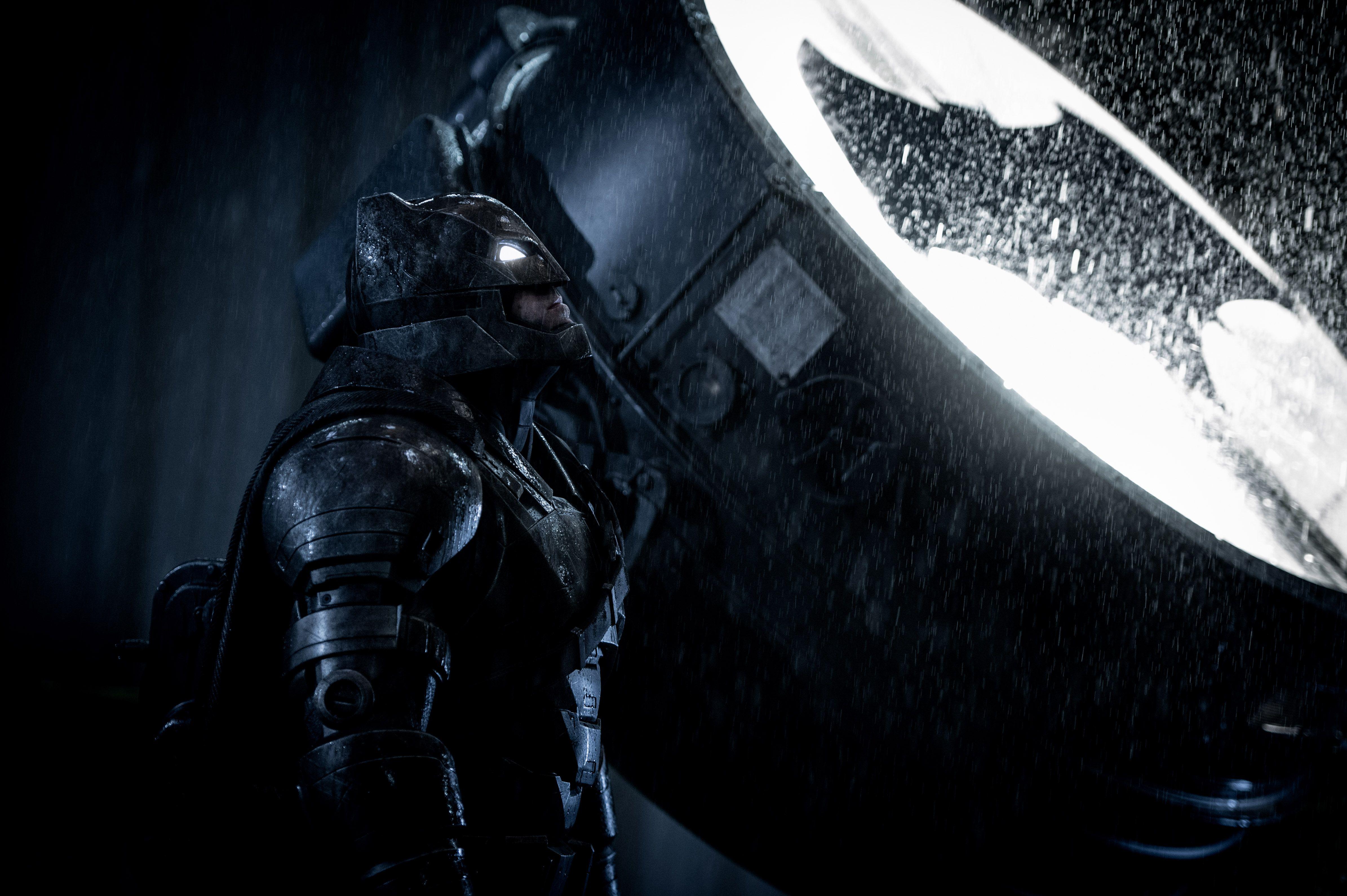 Justice League Ben Affleck Teases Batman And Flash
