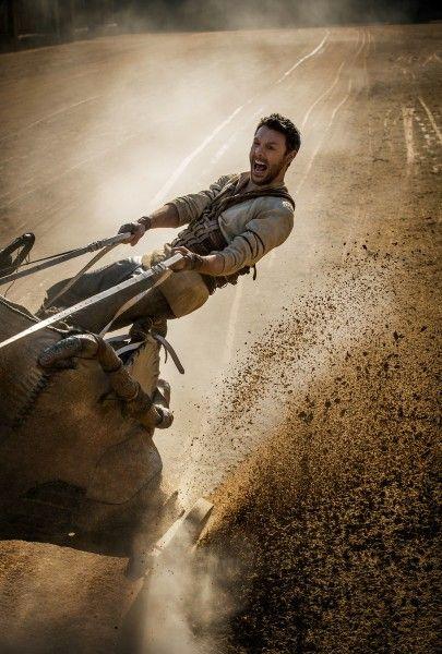 ben-hur-chariot-race-jack-huston
