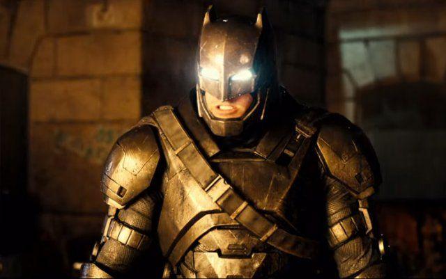 80 ans de Batman, hommage ( ciné tv) - Page 2 Best-batman-costume-ben-affleck-power-suit-2016