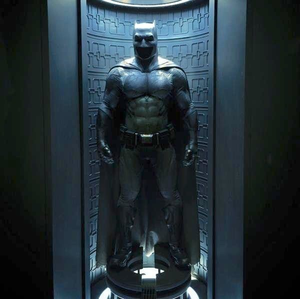 batman-costume-justice-league-ben-affleck