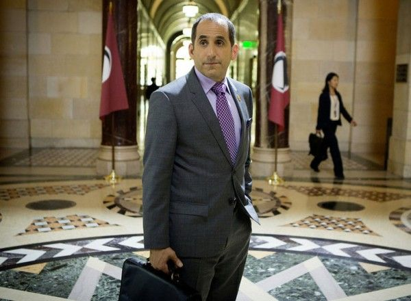 colony-peter-jacobson