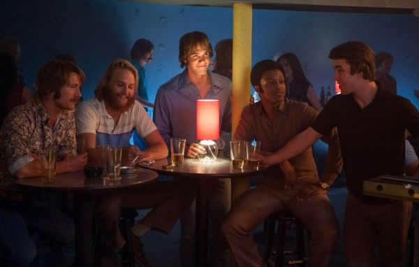 everybody-wants-some-glen-powell-wyatt-russell-blake-jenner-j-quinton-johnson-temple-baker