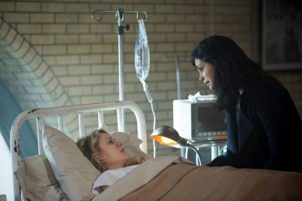 gotham-kristen-hager-morena-baccarin-image-a-dead-man-feels-no-cold