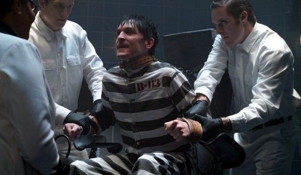 gotham-robin-lord-taylor-image-a-dead-man-feels-no-cold
