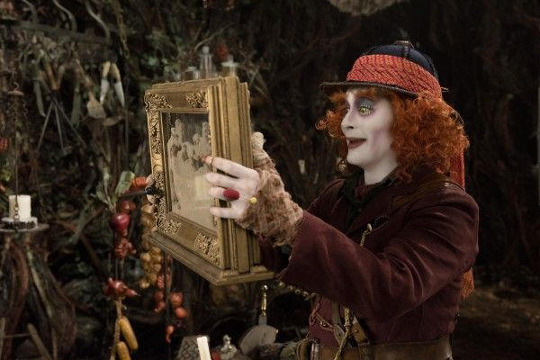 johnny-depp-alice-through-the-looking-glass