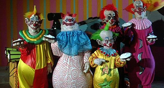 Killer klowns from outer space tv series in development for Return of the killer klowns from outer space