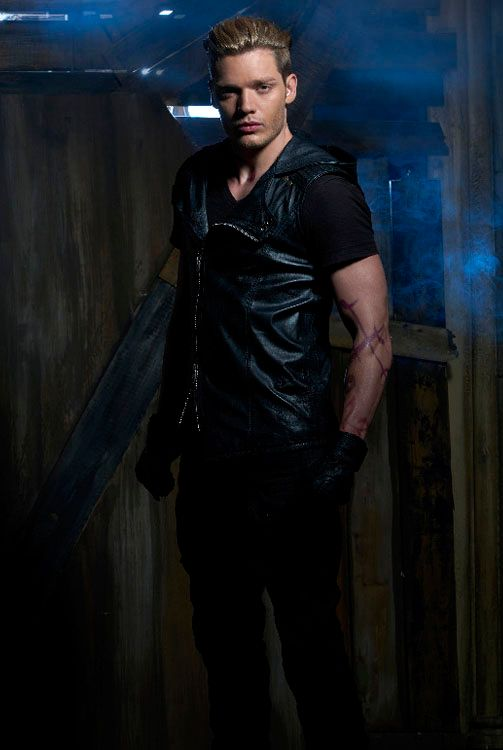 Dominic Sherwood Shadowhunters