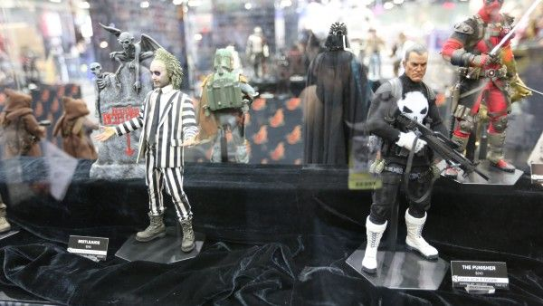 sideshow-collectibles-wondercon-booth (10)