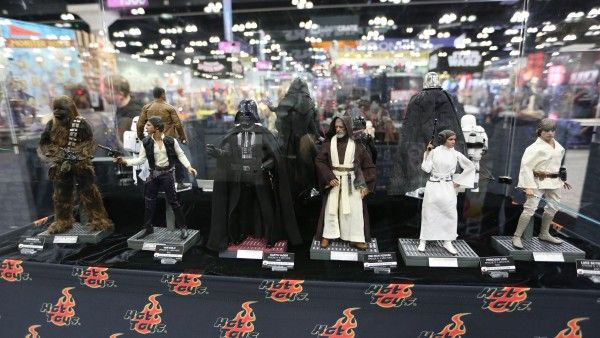 sideshow-collectibles-wondercon-booth (13)