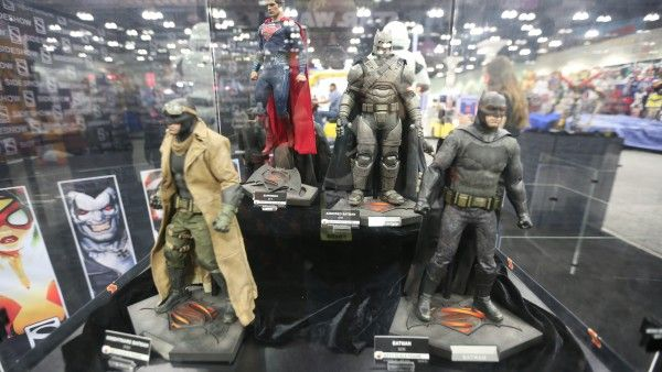 sideshow-collectibles-wondercon-booth (16)