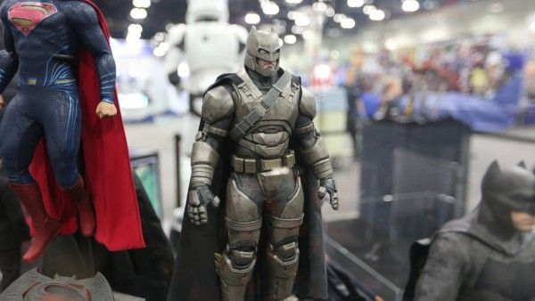 sideshow-collectibles-wondercon-booth (19)