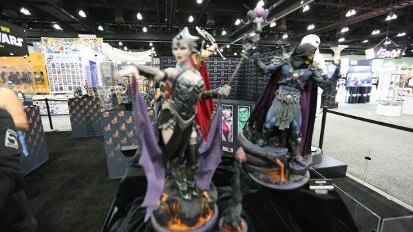 sideshow-collectibles-wondercon-booth (3)