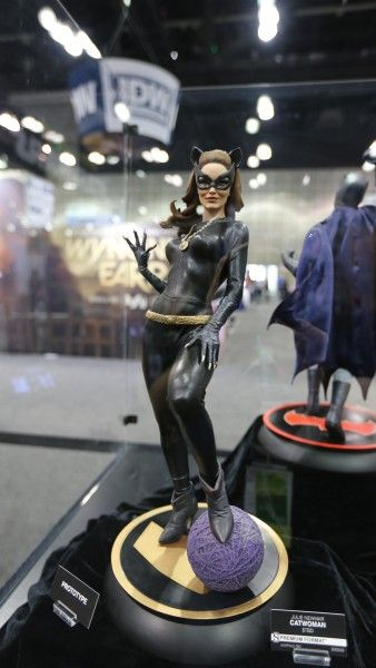 sideshow-collectibles-wondercon-booth (5)