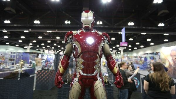 sideshow-collectibles-wondercon-booth (9)