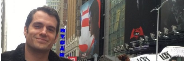 superman-henry-cavill-times-square
