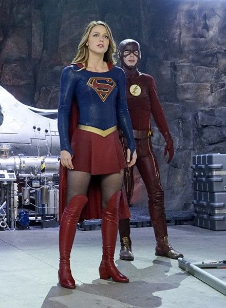 the-flash-supergirl-crossover-worlds-finest-image-9