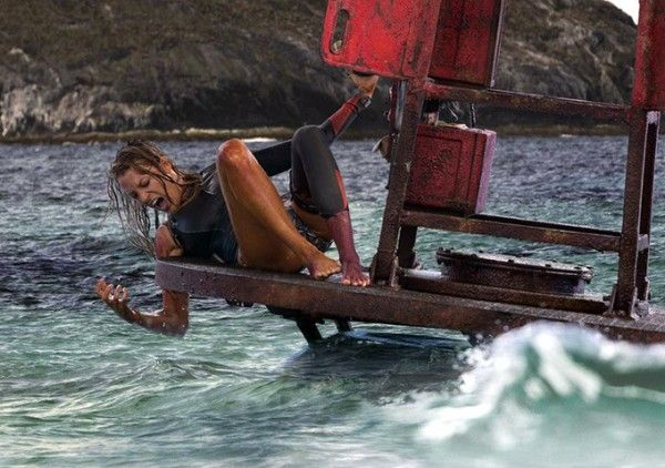 the-shallows-blake-lively