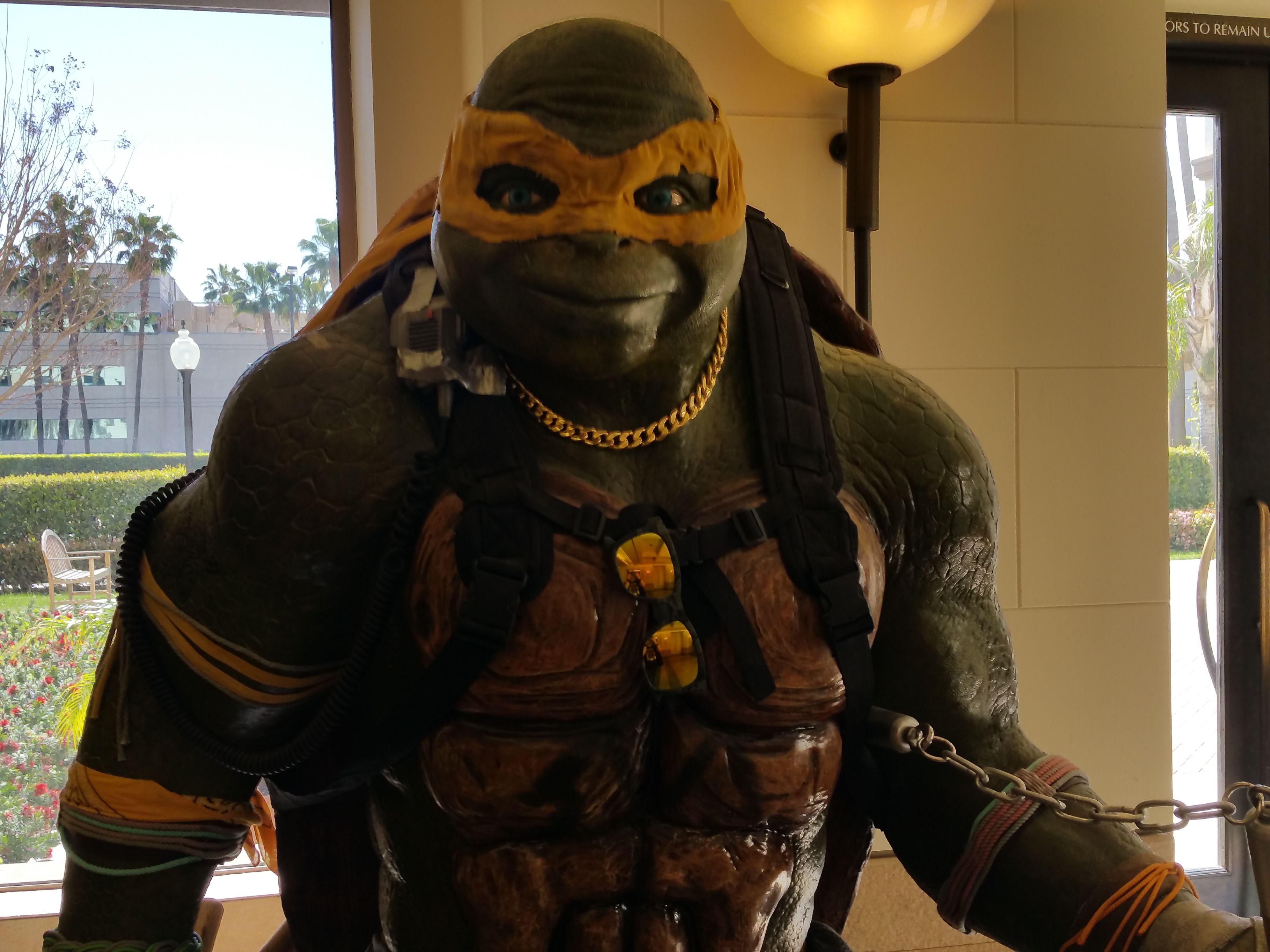 Teenage Mutant Ninja Turtles Statue Images Paramount Collider