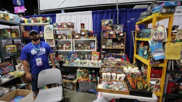 wondercon-2016-convention-floor-image (43)