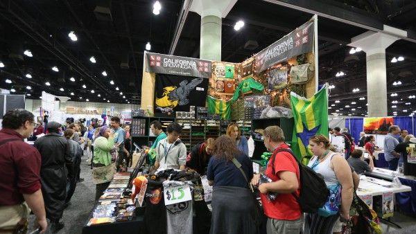wondercon-2016-convention-floor-image (61)