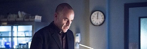 arrow-paul-blackthorne-slice