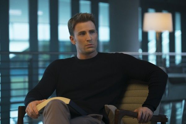 http://cdn.collider.com/wp-content/uploads/2016/04/captain-america-civil-war-chris-evans-600x400.jpg