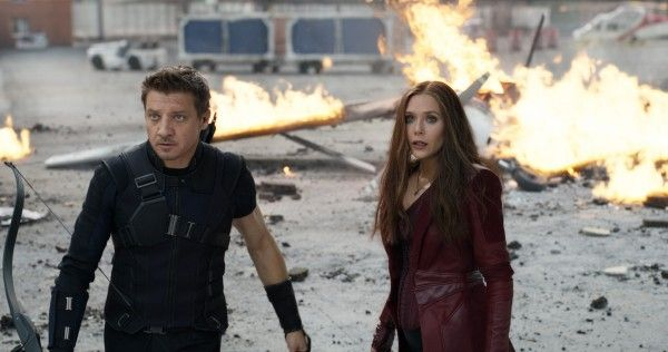 captain-america-civil-war-elizabeth-olsen-jeremy-renner