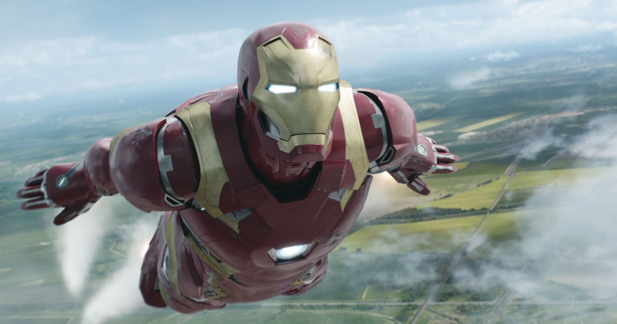 Avengers Infinity War Iron Man Armor Revealed In Set Photos Collider