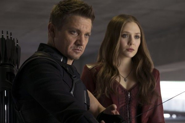 captain-america-civil-war-jeremy-renner-elizabeth-olsen