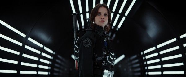felicity-jones-rogue-one-a-star-wars-story
