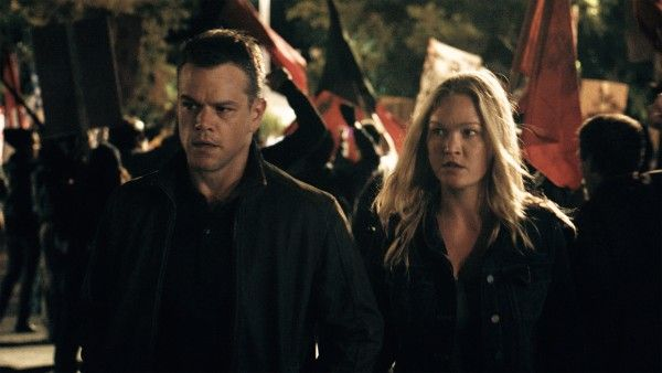 jason-bourne-matt-damon-julia-stiles