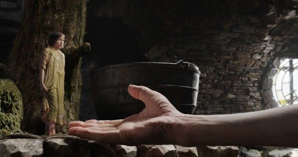 the-bfg-image-ruby-barnhill-mark-rylance