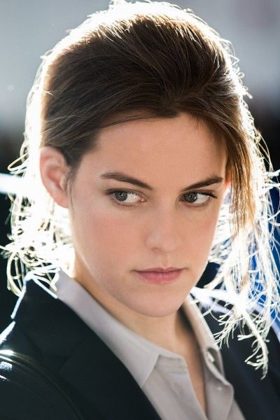 the-girlfriend-experience-riley-keough-04