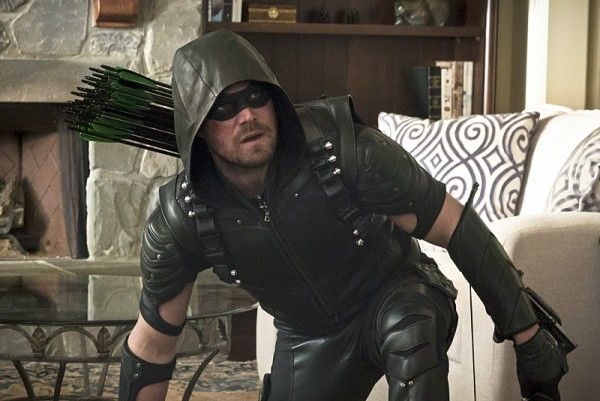 arrow-image-lost-in-the-flood-stephen-amell-image