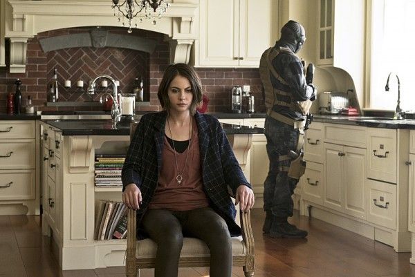 arrow-image-lost-in-the-flood-thea-queen